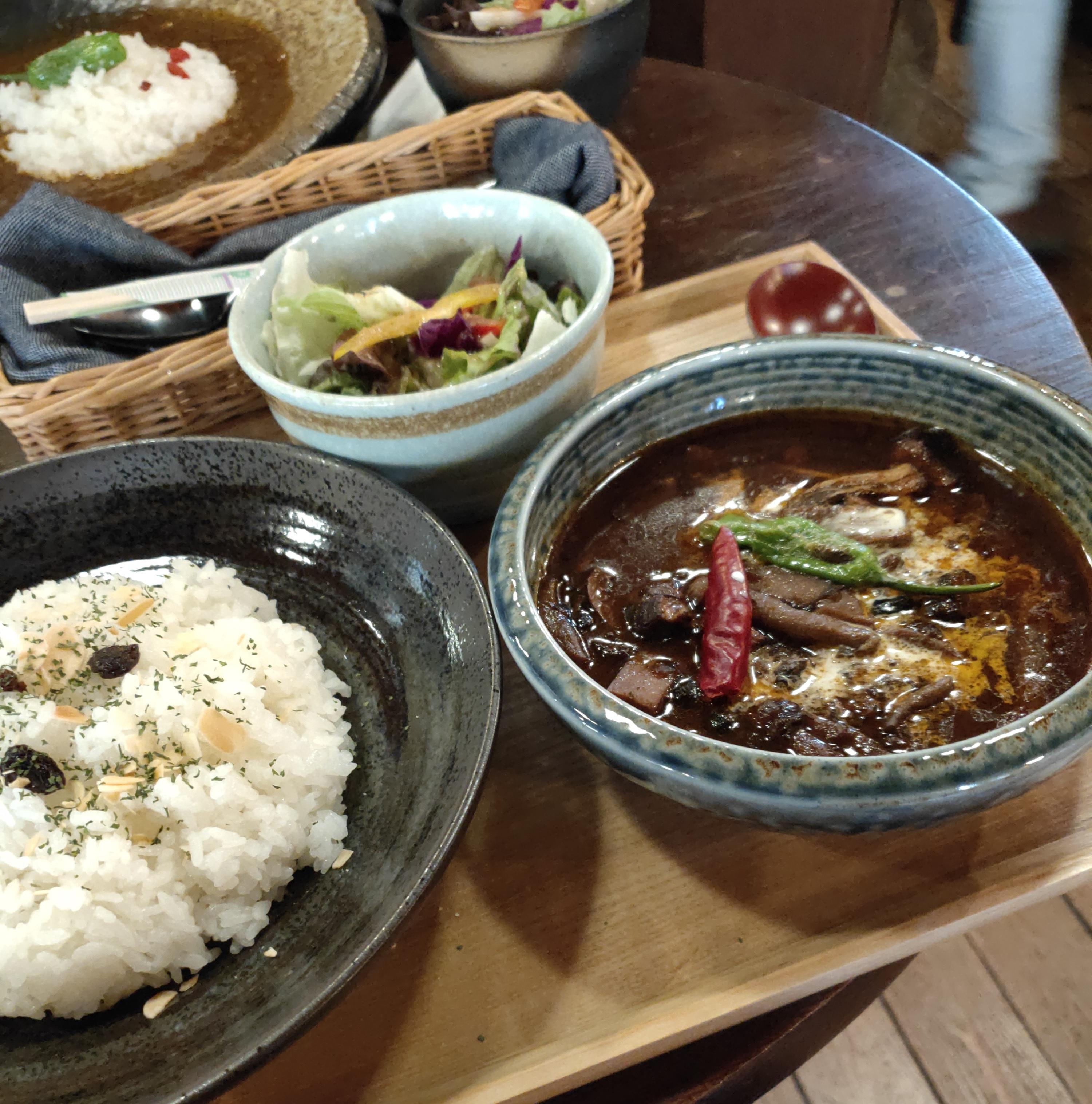 http://www.heiwafudosan.co.jp/blog/images/curry.jpg